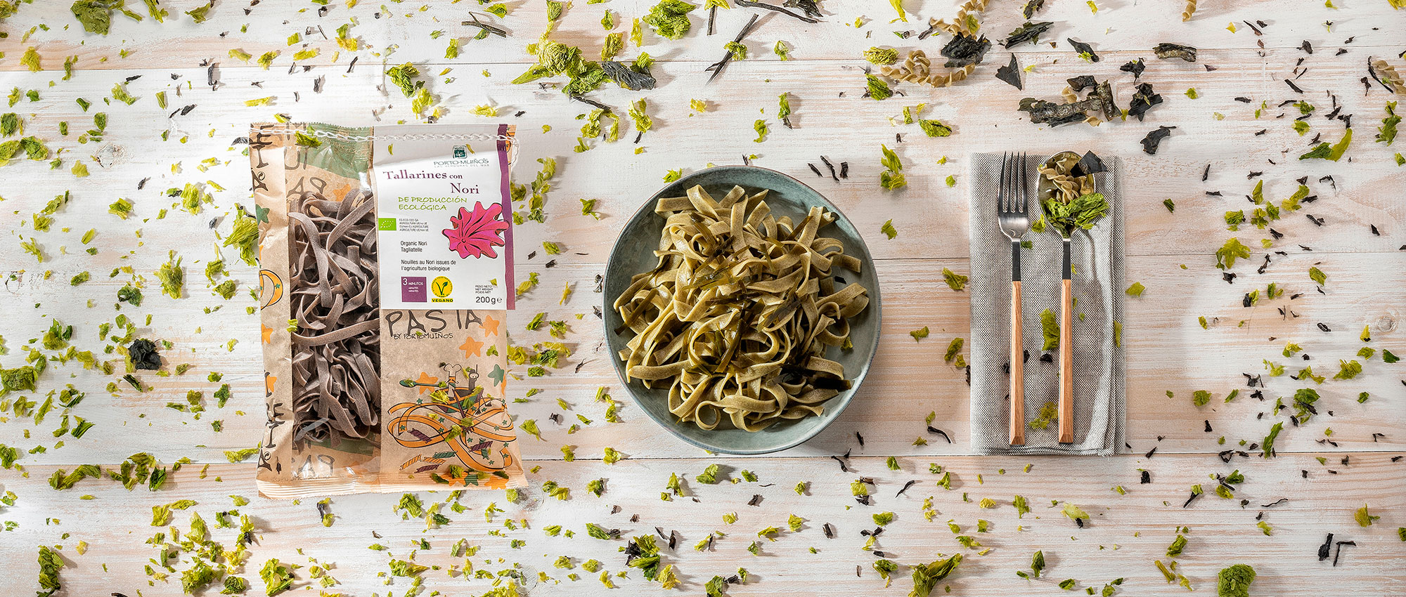 Pastas with seaweeds